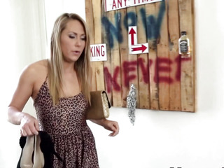 Mother I'd Like To Fuck licks stepdaughter