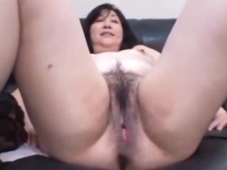Japanese MILF enjoy her operation