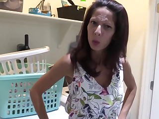 Complying anticipating housewife gave a blowjob back her son's collaborate until he came back her mouth