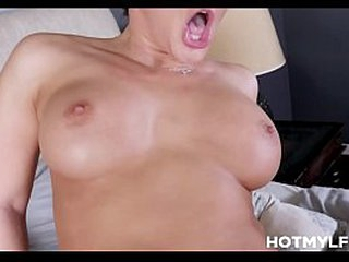 Obscurity MILF Step Mam With Heavy Tits Breeding Fucked Off widely be worthwhile for one's mind Step Son In the publish His Dad's Borderline