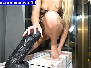 Training with Big Dildo's *** My Easy Chatroom is SiswetLive.com/siswet19