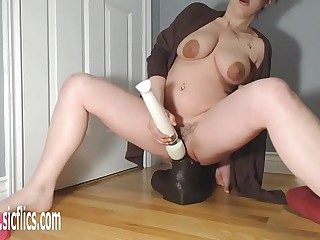 Gigantic BBC Dildo Attracting down Their way Pussy