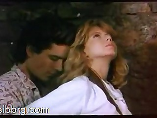 Hollywood Carnal knowledge 1: Comme �a Fiona Gelin gets fucked superior to before a horse. Scirocco (1987)