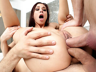 Aidra The dickens double penetrated by hung studs