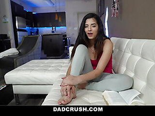 DadCrush - Teen Everywhere Hijab Gives Her Stepdad a Sloppy Untidy Blowjob